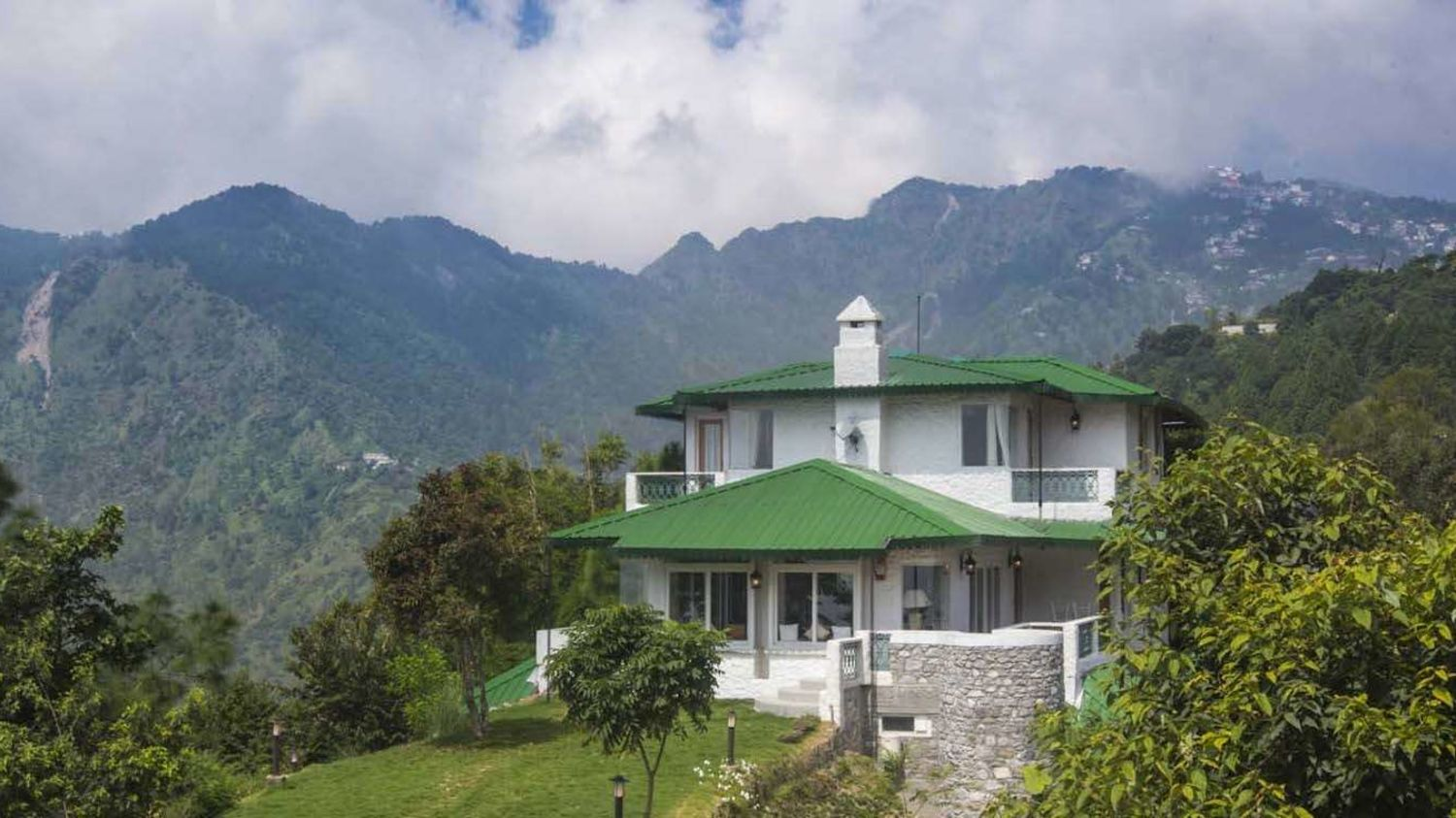 Holiday Destination in India, Bara Bungalow, Gethia, Nainital, Places To Visit Near Nainital