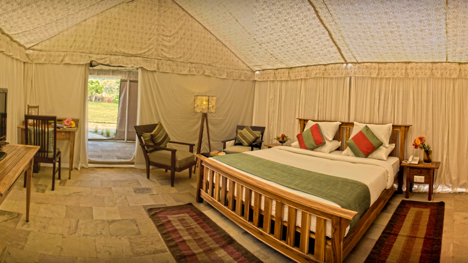 Luxury Tent at the golden tusk resort ramnagar, resort in ramnagar 4