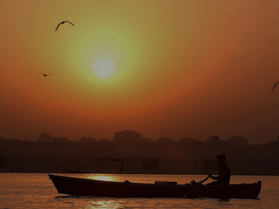 alt-text Sunrise view from Ghat