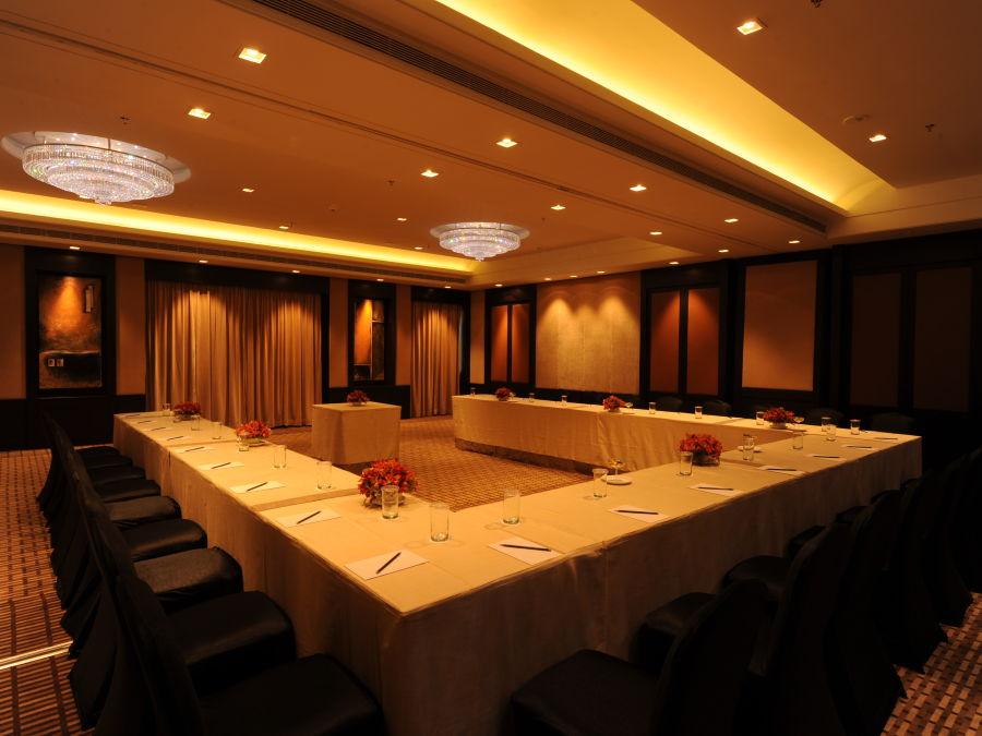 alt-text Banquet Halls near MG Road Bangalore 2, St Marks Hotel, Banquets