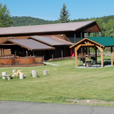 High Country Lodge and Cabins, Colorado, Hotel near Wolf Creek 9