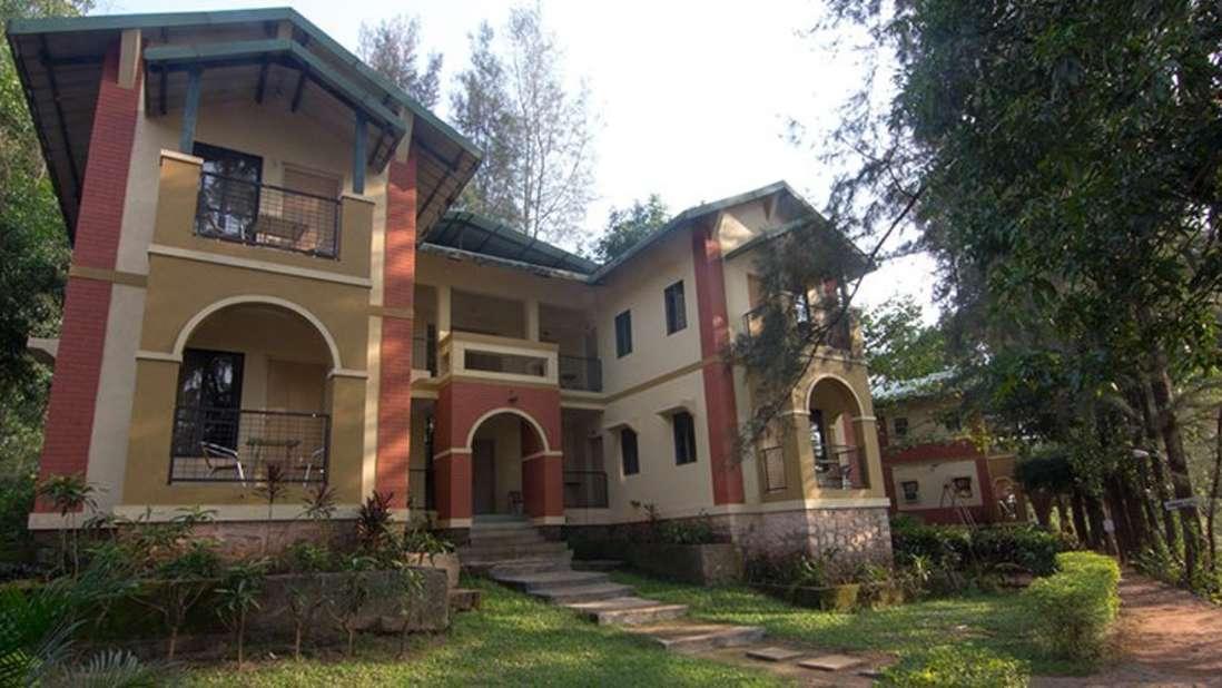 Resorts-near-Khandala