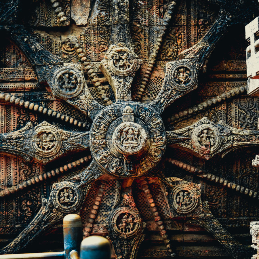 konark-sun-temple-door-india fndnrt