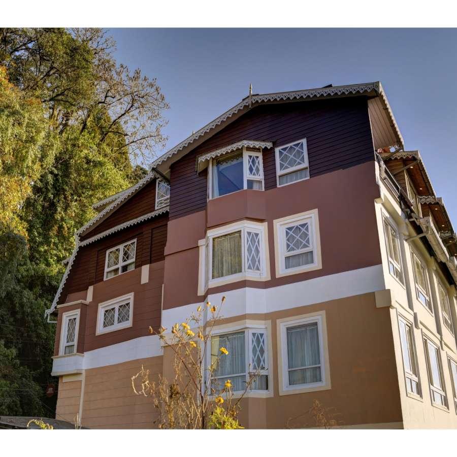 alt-text Facade Summit Hermon Hotel Darjeeling Hotels