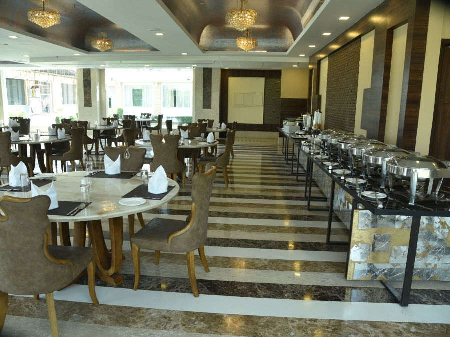 alt-text 3 Restaurant in Delhi, U Kitchen at OPULENT HOTEL BY FERNS N PETALS, Dine In Delhi 0655