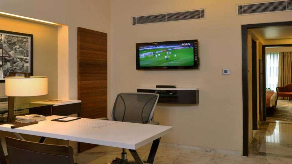 Executive Suites at Hotel Marine Plaza Mumbai