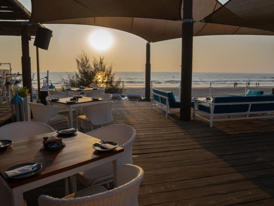 alt-text Resort in Morjim, Living Room Beach Resort, Goa, Morjim Resort 8