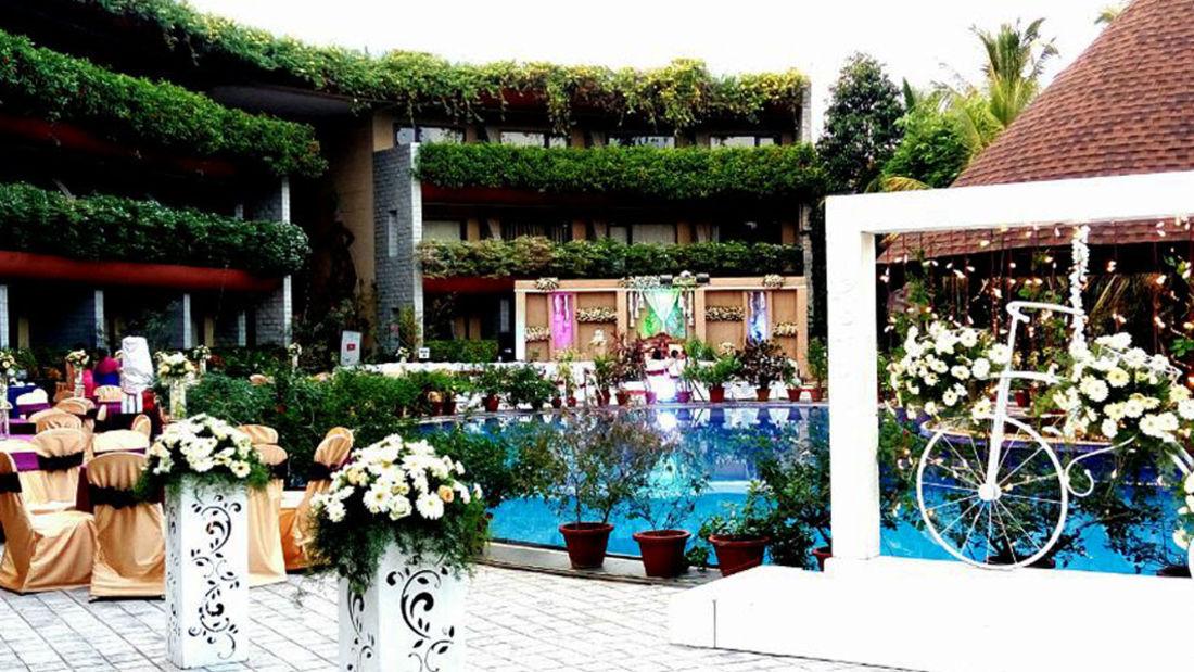 pool side venue 1