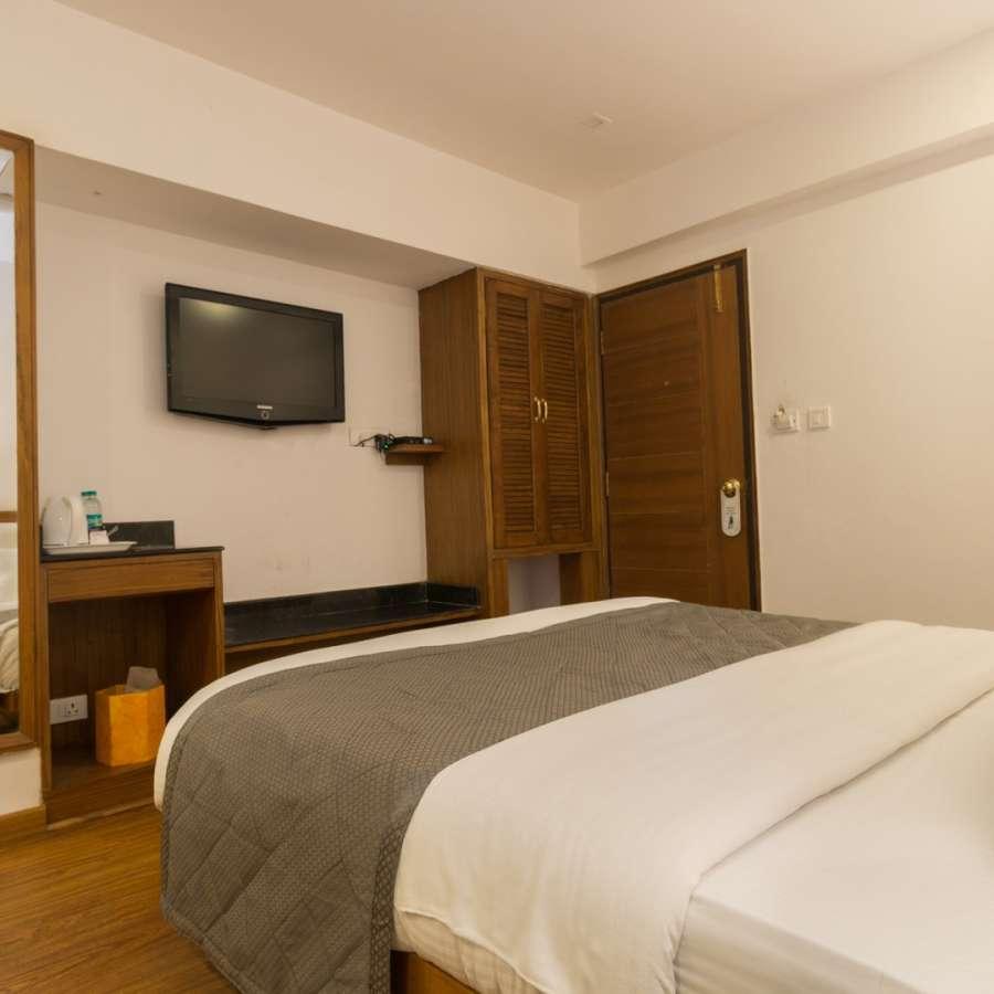 alt-text Hotel Rooms In Mussoorie 2,  Hotel Pacific Mussoorie IO