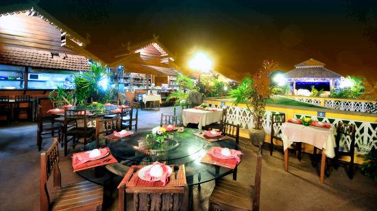 Pakse Hotel & Restaurant, Champasak Pakse Restaurant Le Panorama Pakse Hotel Restaurant Champasak 2