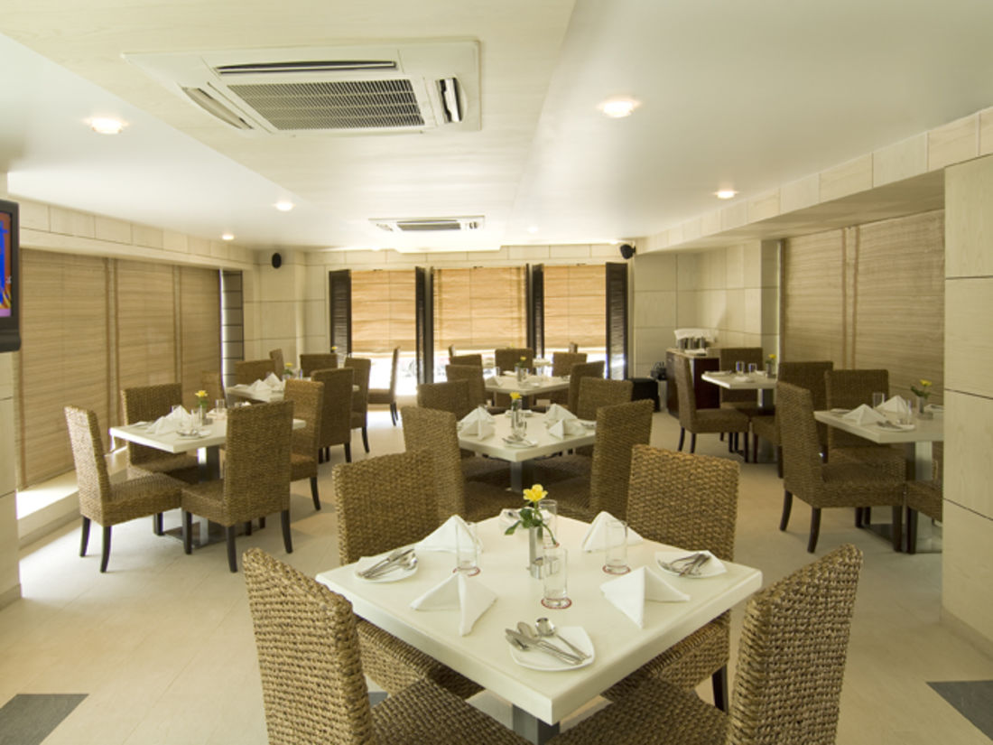 Iris Hotel Bangalore 70 Brigade Restaurant