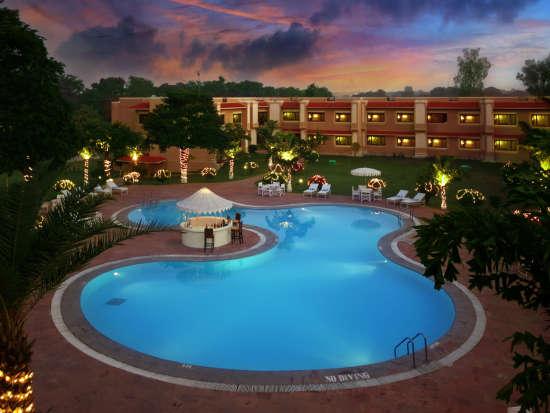 Hotel Clarks, Khajuraho Khajuraho Exterior Hotel Clarks Khajuraho 19
