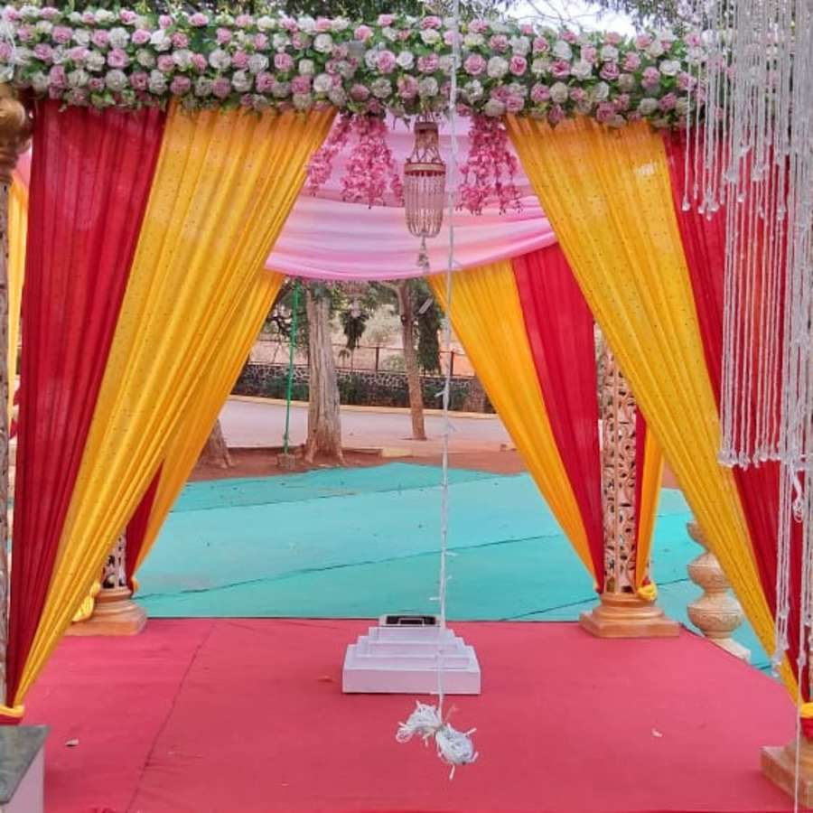 alt-text Weddings in Khandala Zara s Resort Khandala 62