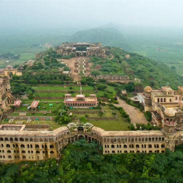 Tijara Fort-Palace Neemrana Hotels Hotels in India gwv6lc