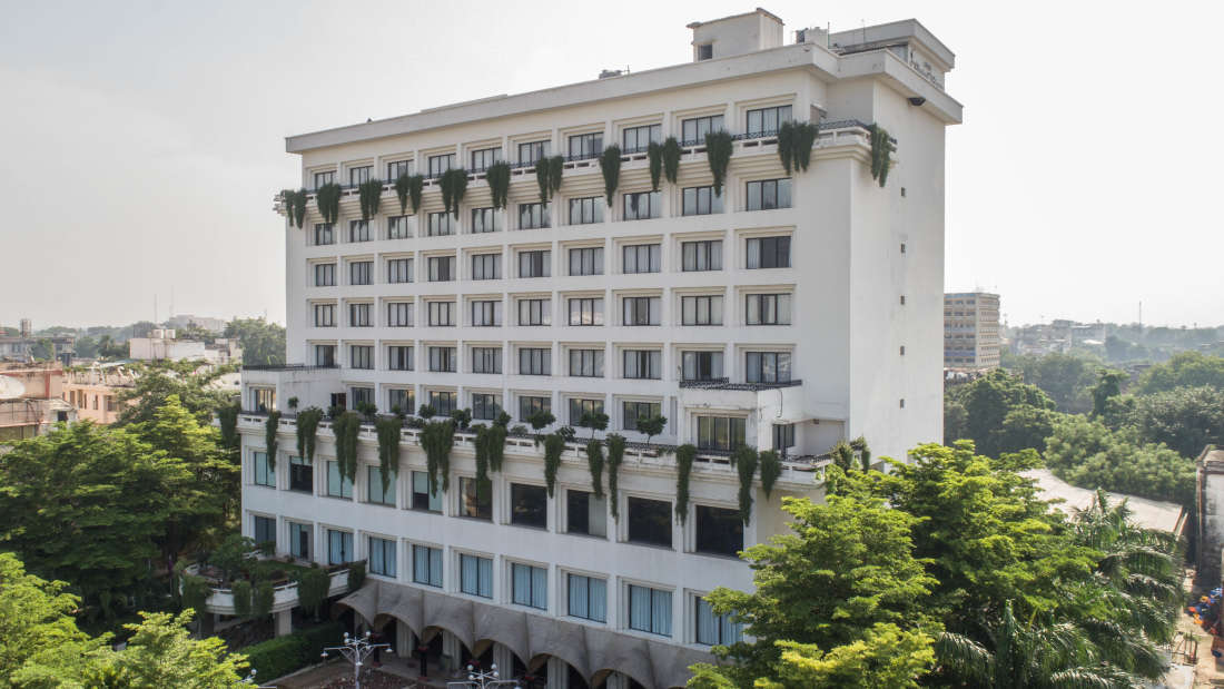 Facade of Hotel Kanha Shyam in Prayagraj