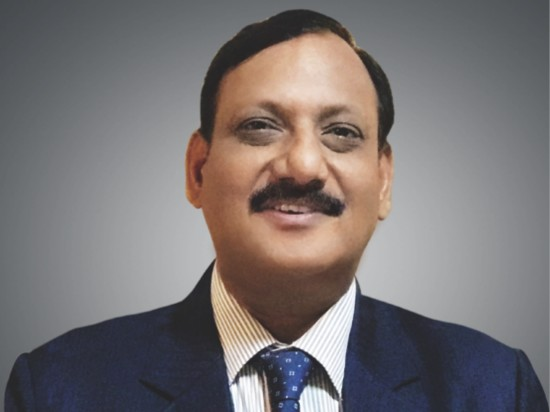 Vijay Jaiswal- Sarovar management profile