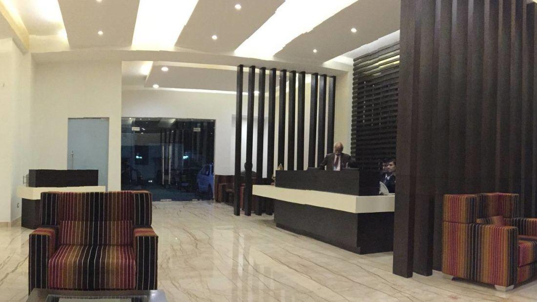 Lobby of Hotel Le ROI Udaipur near Udaipur Railway Station