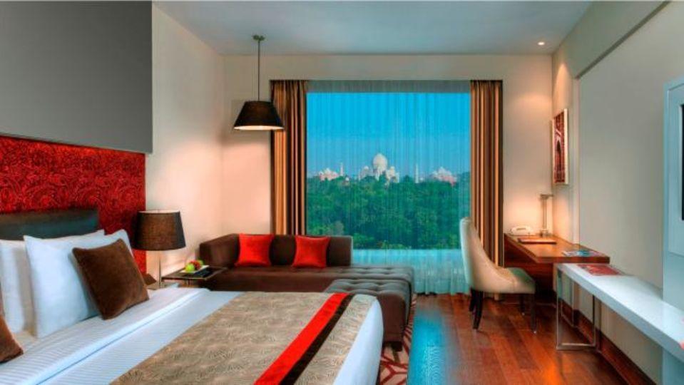 Premium Rooms Taj Facing Crystal Sarovar Premiere Agra