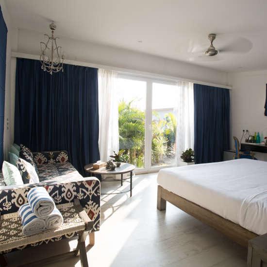 Deluxe Cabana Connected Rooms (Duplex), Living Room Beach Resort, Goa 2