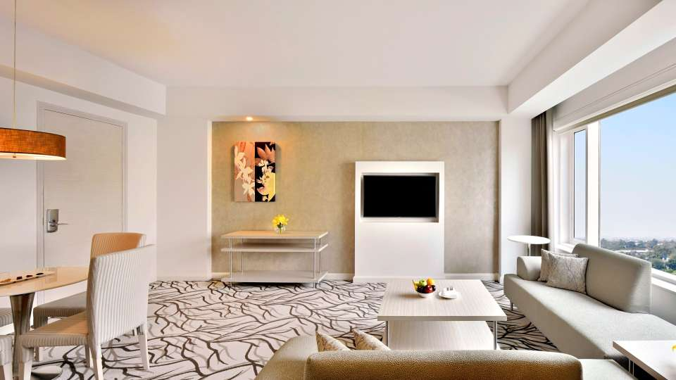 Studio Suite at Radisson Blu - Bengaluru Outer Ring Road 2