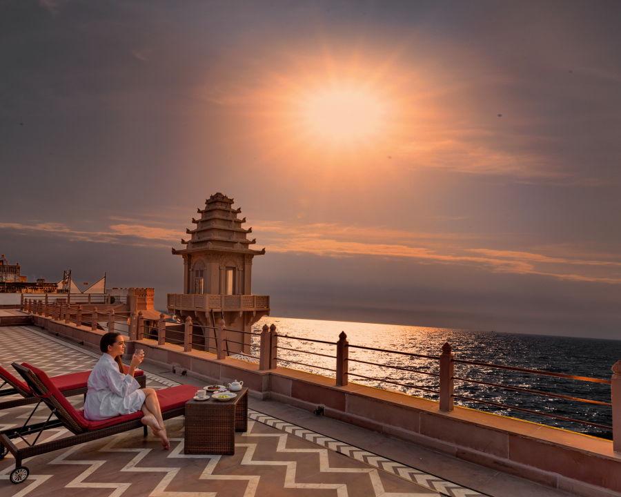 alt-text Hotels in Varanasi