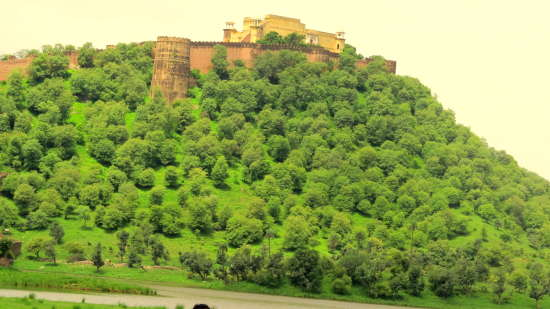 Hill Fort Kesroli - Alwar Kesroli Kankawari fort Rajasthan
