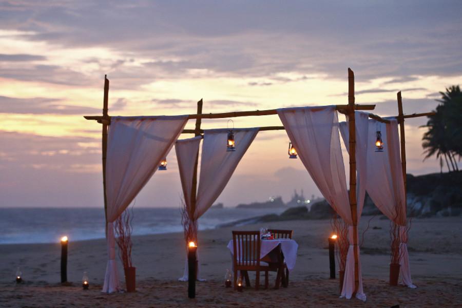 alt-text Dining by Design Niraamaya Surya Samudra Kovalam Resort