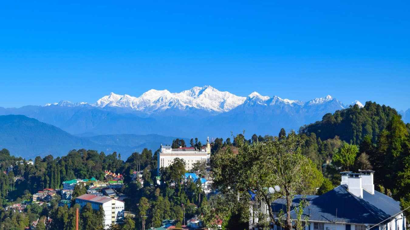 Sumi Yashshree Hotels and Resorts