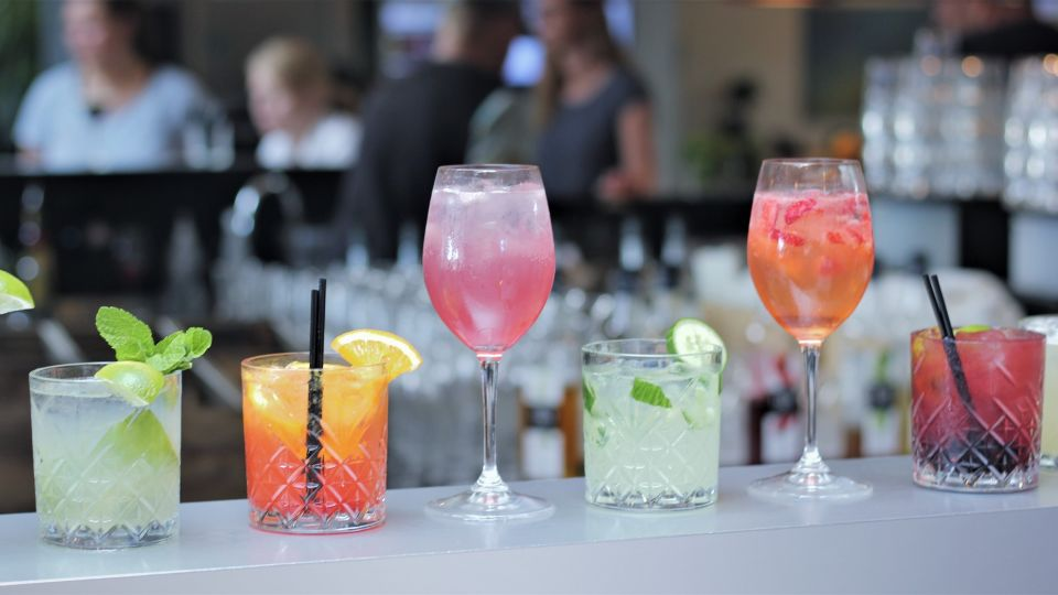 cocktail-3954557 1920