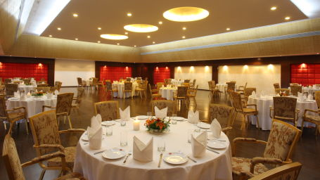 Moksha Himalaya Spa Resort, Chandigarh Chandigarh Royal Ball Room Moksha Himalaya Spa Resort Chandigarh 11
