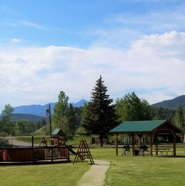 High Country Lodge and Cabins, Colorado, Hotel near Wolf Creek 12