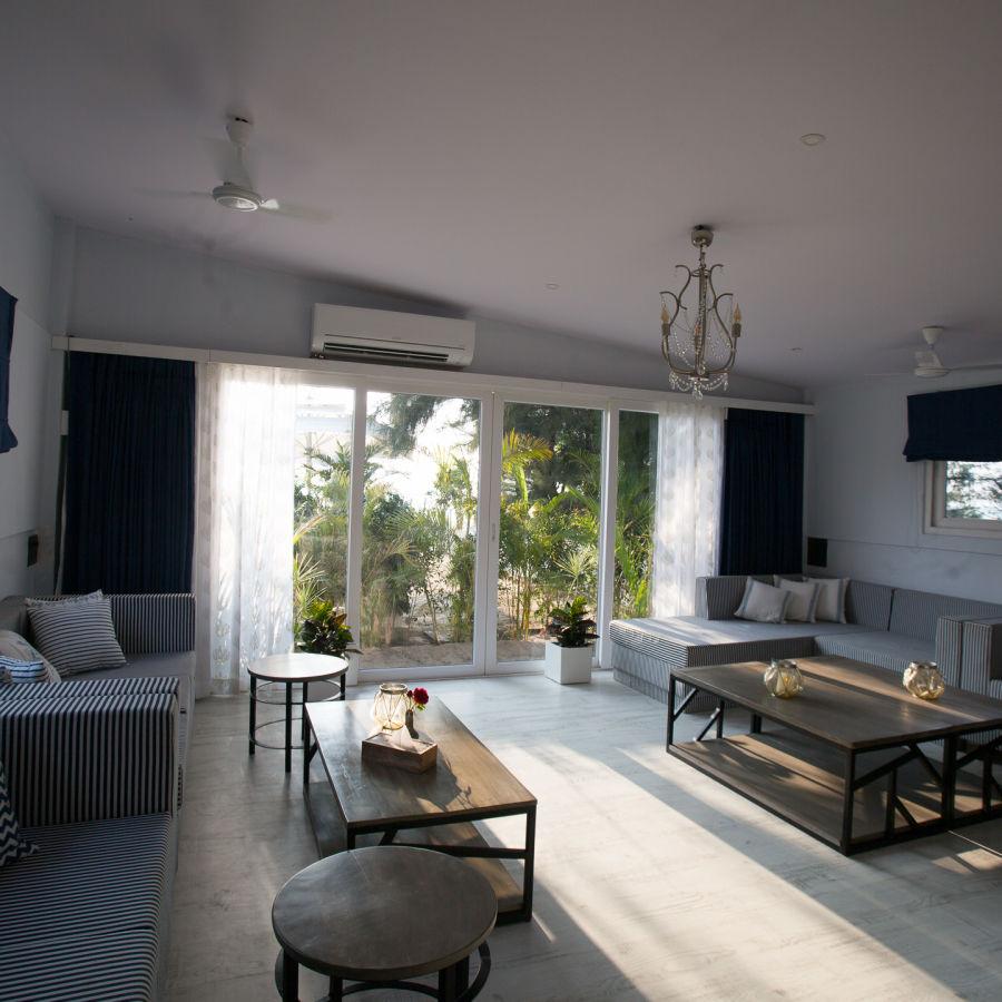 alt-text Hotel Rooms in Morjim, Living Room Beach Resort, Goa 3