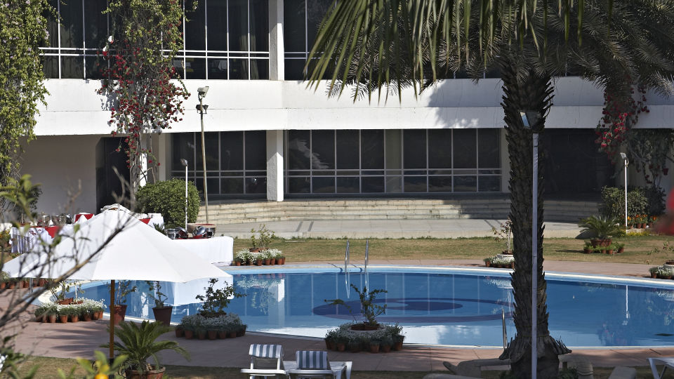 Swimming Pool at Clarks Amer Jaipur - Luxury Hotel Near Jaipur Airport