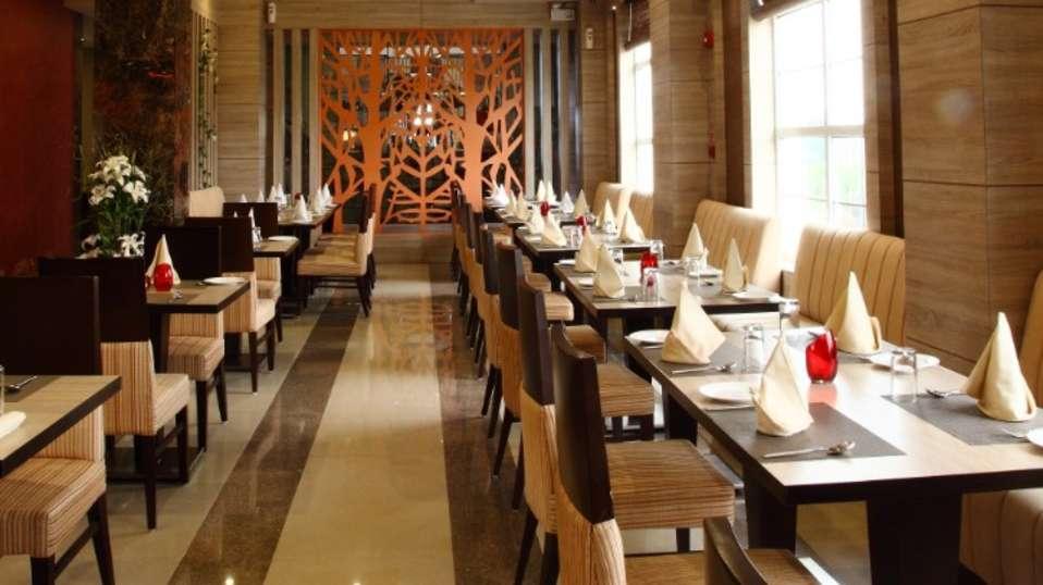 Tripti Restaurant Nidhivan Sarovar Portico Vrindavan 2