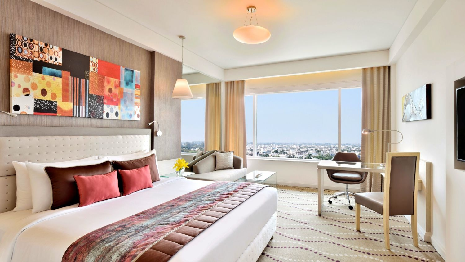 Executive Club King Size Bed Rooms at Radisson Blu - Bengaluru Outer Ring Road 4
