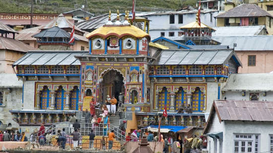 The Chardham Camps - By Leisure Hotels uttarakhand ChardhamBadrinath-Temple-2
