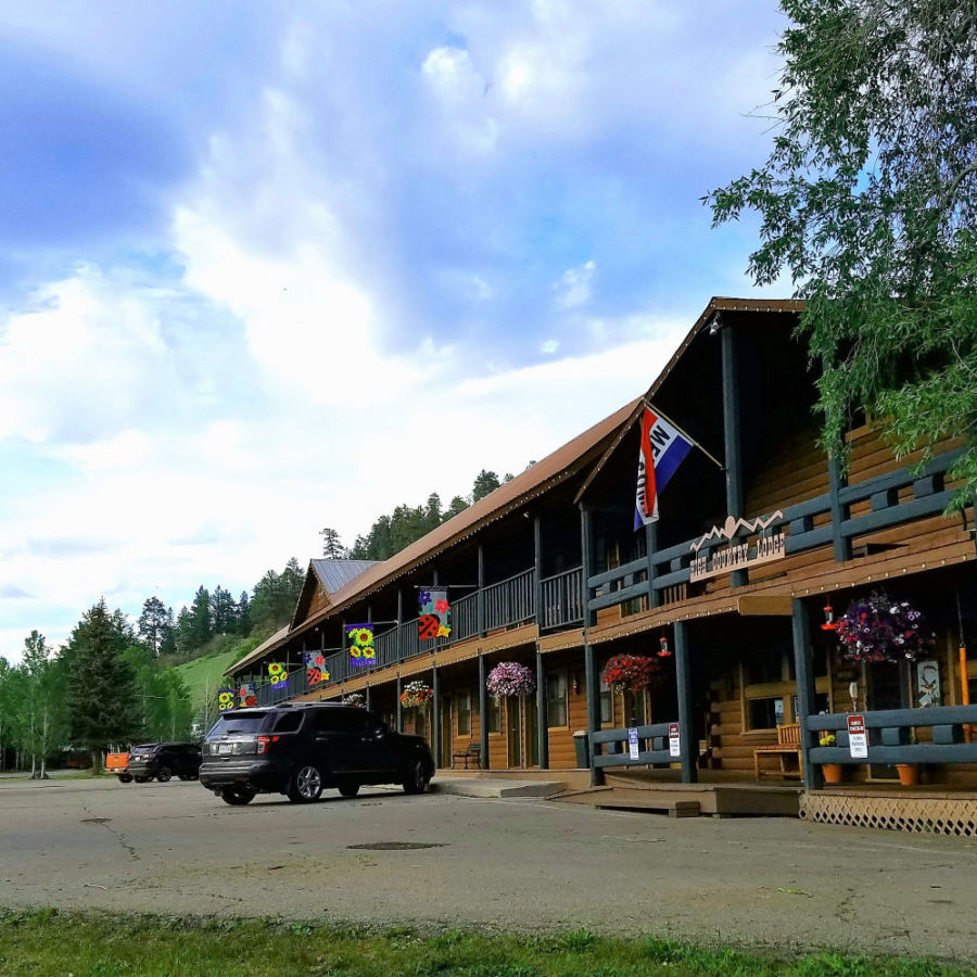 alt-text High Country Lodge and Cabins, Colorado, Hotel near Wolf Creek 3