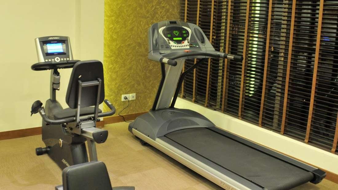 Hotel Adarsh Hamilton - Richmond Town, Bangalore Bangalore Hotel Adarsh Hamilton in Richmond Town Bangalore Luxury Hotel GYM.