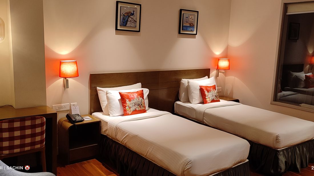 Premium Room - Twin Bedded