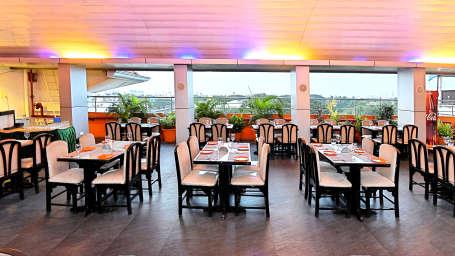 7th Heaven, Hotel Gokulam Park, Chennai, Rooftop Restaurant In Chennai