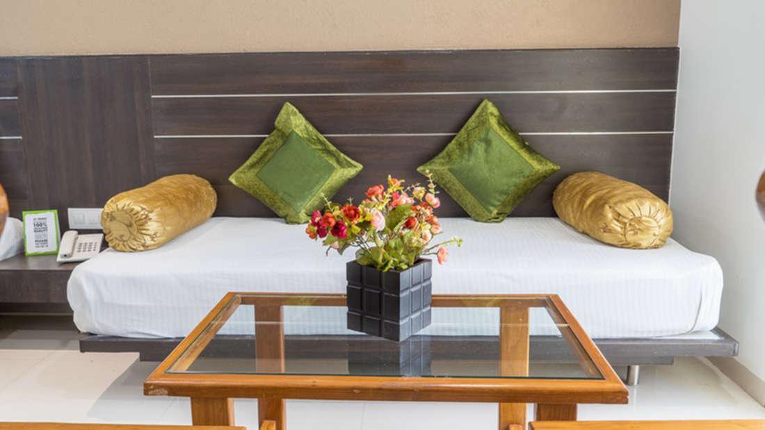 Superior Rooms, Pushpak Resort, Shirdi