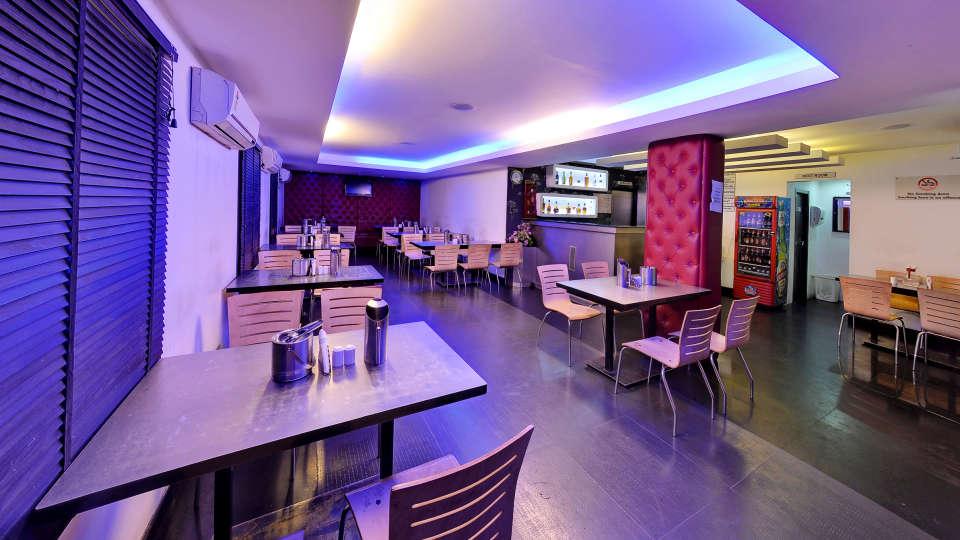 7th Heaven, Hotel Gokulam Park, Chennai, Rooftop Restaurant In Chennai 22