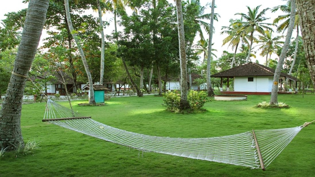 abad-turtle-greenery-relaxation-resort, Contact Beach Resort in Marari, Beach resorts in Allepey, 4 Star Resorts in Alleppey, Best Beach Resorts in Alleppey, Best Beach Resorts Near Cochin, Beach Resorts in Kerala