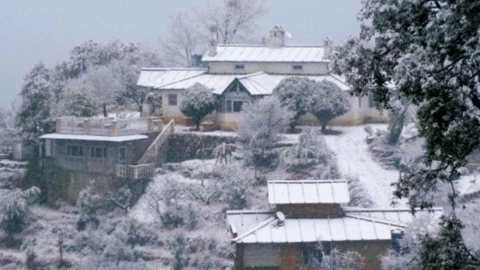 The Ramgarh Bungalows - 19th C, Kumaon Hills Kumaon Ashok Vatika and Cliff House during snow fall The Ramgarh Bungalows Kumaon Hills Uttarakhand