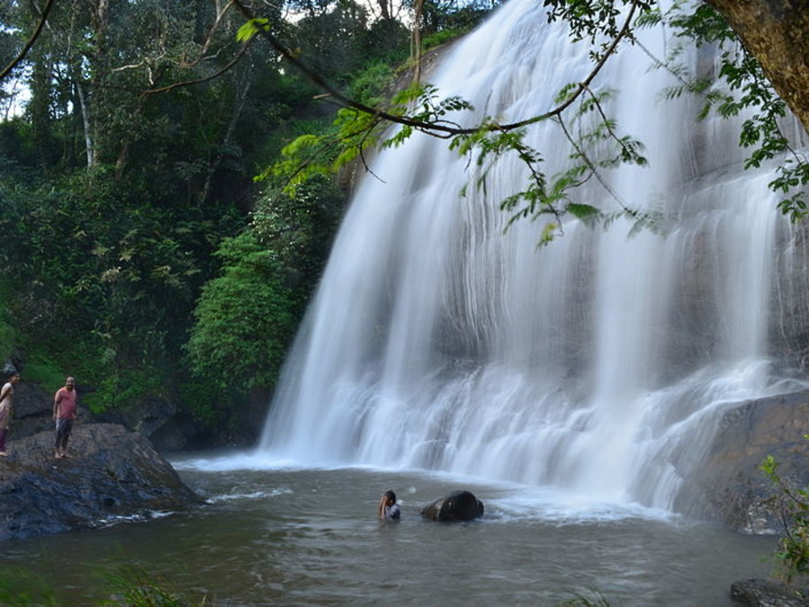 alt-text Water Falls in Coorg, Amanvana Resort Spa, Places To Visit In Coorg