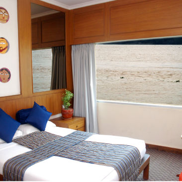 Hotel in Kolkata  Stateroom River Rooms in Polo Floatel Calcutta  Hotel Rooms in Kolkata 2