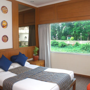 Stateroom Strand Rooms at Polo Floatel Calcutta Kolkata  Budget Hotel Rooms in Kolkata 1