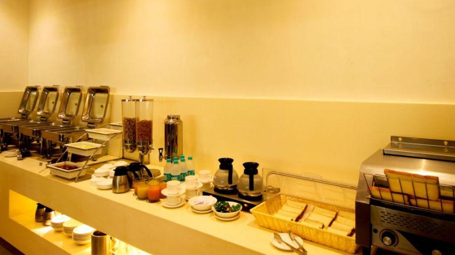 Buffet Breakfast 1