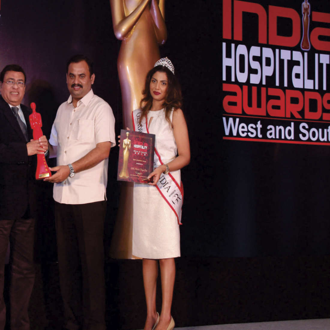 Manvins Hotels  award1