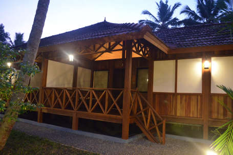 Estuary Pool Villa Exterior 15